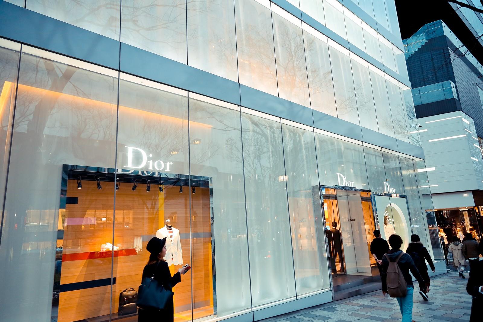Dior Omotesando ディオール 表参道店 (妹島和世+西沢立衛)