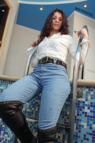 #261 Wetlook with Beautiful Girl in Wet High Waisted Jeans ...