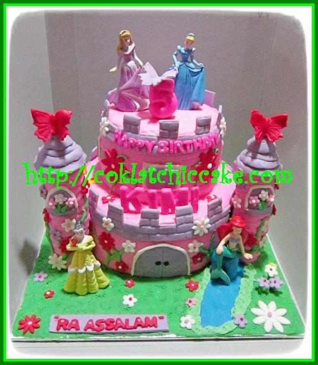 Cake Castle Princess Kimi Coklatchic Cake