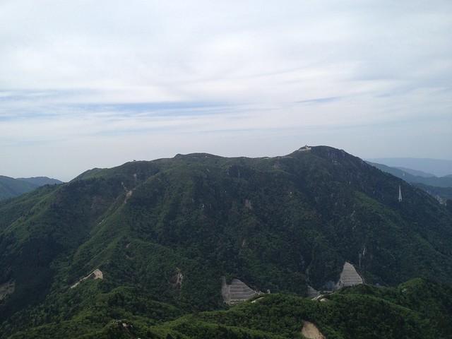 鎌ヶ岳 山頂から御在所岳