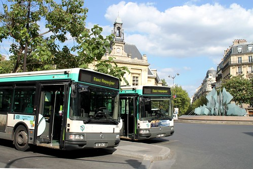 ratp paris bus 8405 8406 not in service at place gambetta 100813 flickr photo sharing. Black Bedroom Furniture Sets. Home Design Ideas