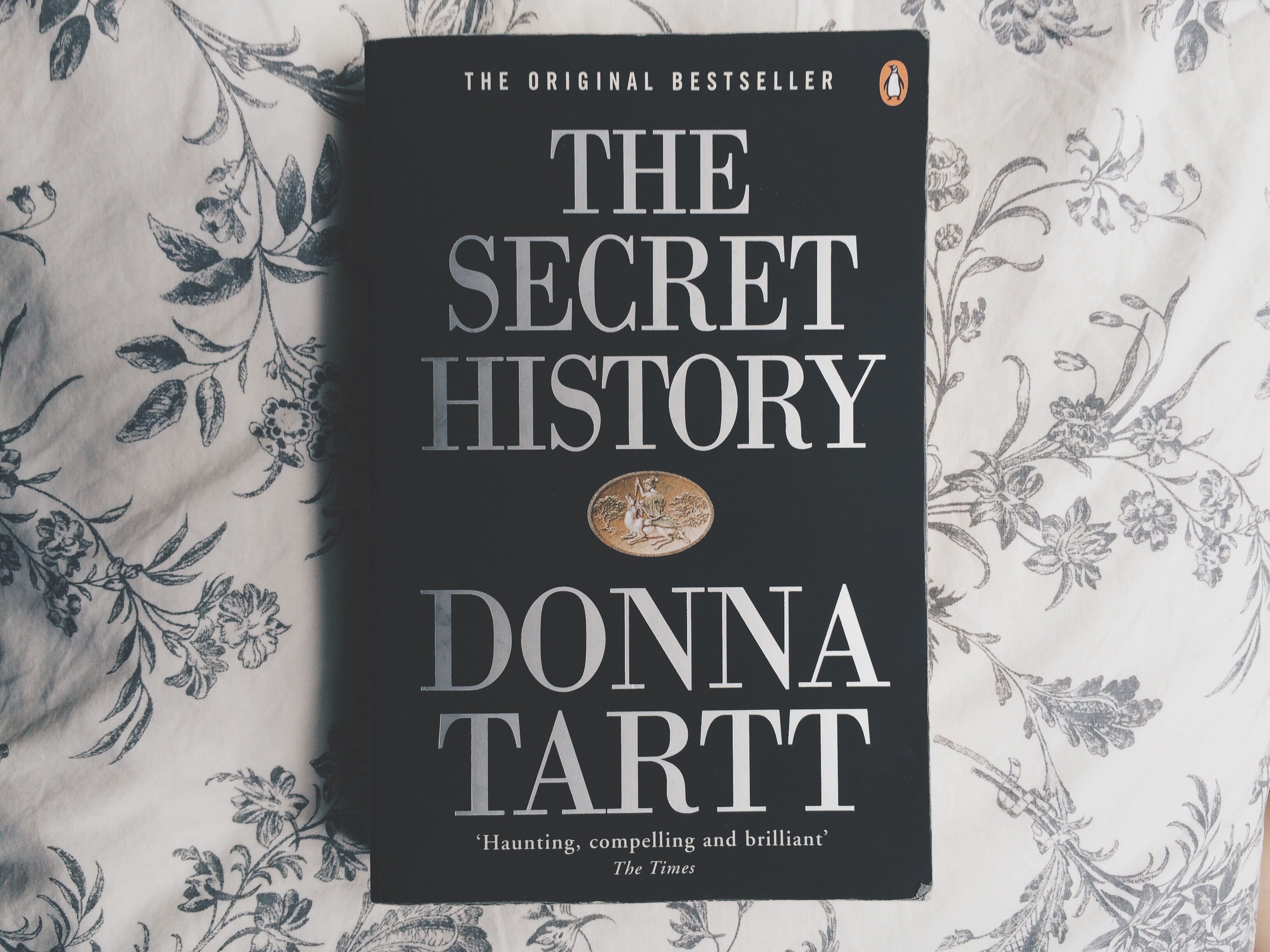 The Secret History, Donna Tartt, Bramble and Thorn, Female Authors, Reading, Literature