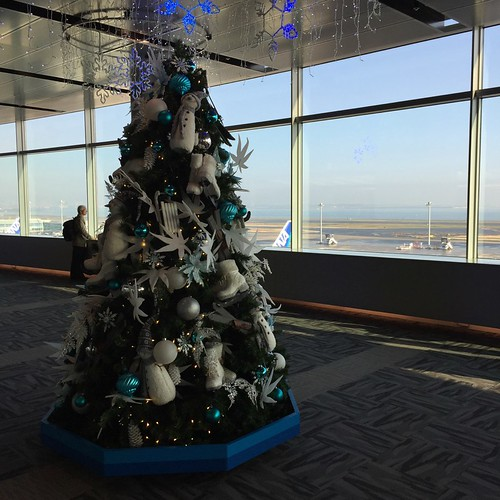 羽田空港のクリスマスツリー Christmas tree at Haneda Airport