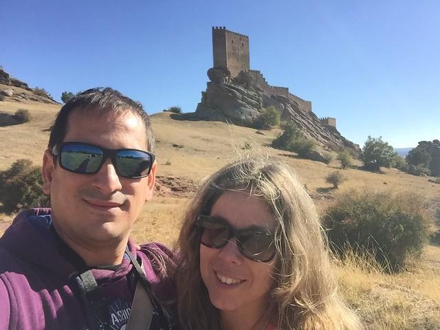 Sele y Rebeca en el castillo de Zafra de Guadalajara
