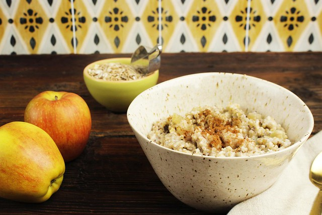 Steel Cut Oatmeal with Apples and Cinnamon