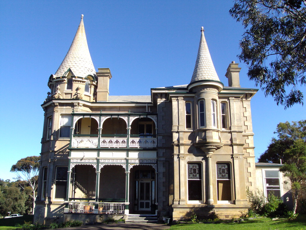 Adare house at victor harbor built as a summer home for da for Adare house
