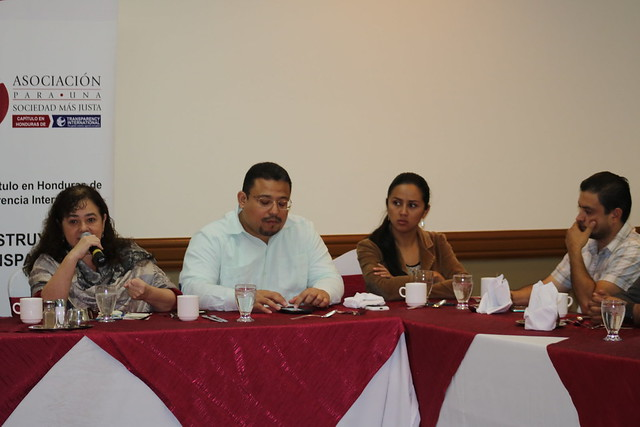 Conversatorio de sociedad civil con Claudia Paz