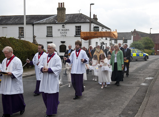 Corpus Christi Procession In Arundel Diocese Mazur Catho Flickr Photo Sharing
