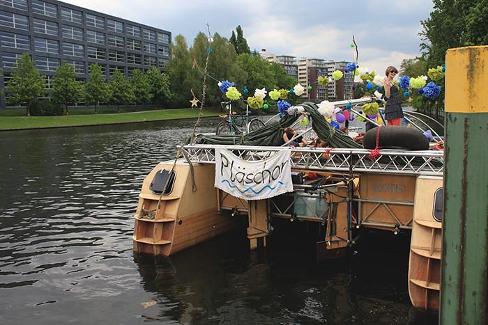 MS Pläschor mit fertiger Deko in Berlin