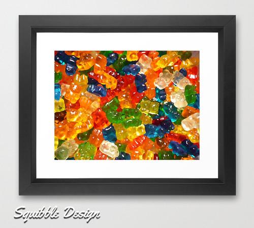 gummy_bears_framed_print_squibble_design