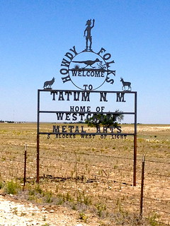 Welcome sign to Tatum, NM | by Heart Trek USA