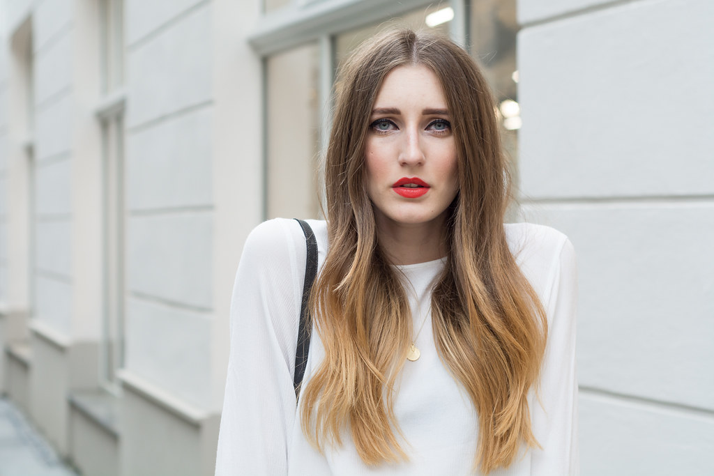New Haircut & Kardashion Beauty Lipstick | Lisa Fiege