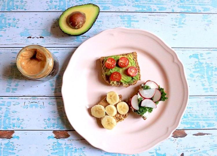 colazione breakfast avocado
