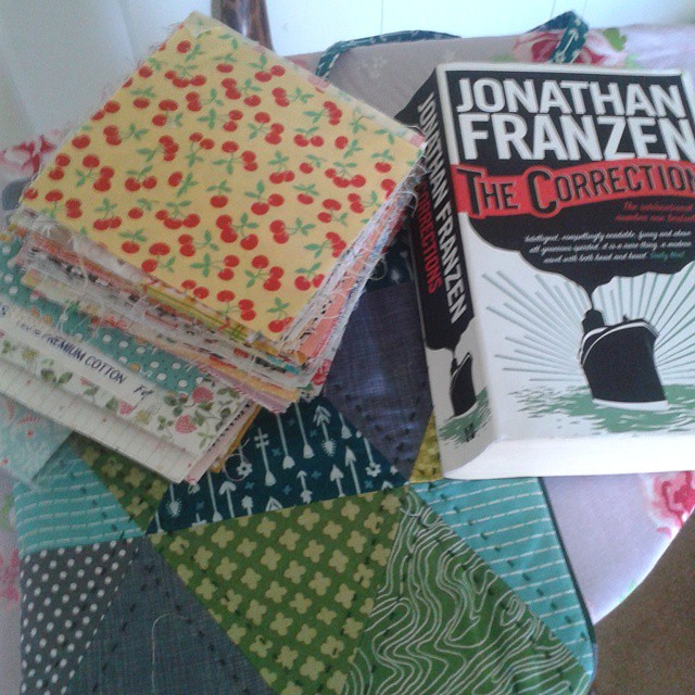 Oooh thank you so much @charmaboutyou loving the bag and fabric. (Your points are far too good) will look forward to the book too. I have two quilt plans in my head the fabric will be perfect for! #winner!