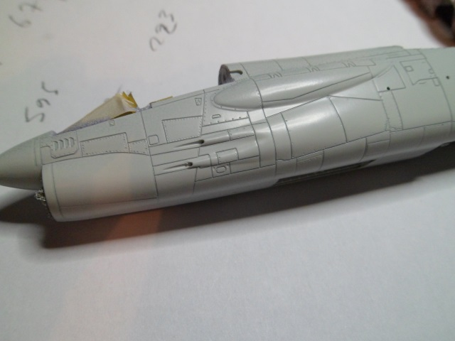 Pas-à-pas : Vought F-8E Crusader [Academy 1/72] 30658152575_1ed9e6a875_o