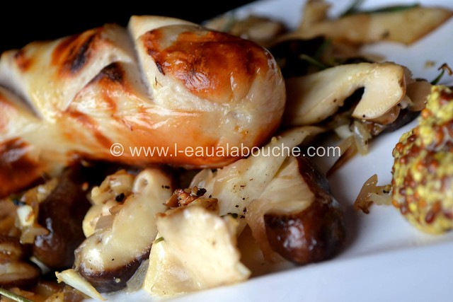Saucisse de Veau Grillée & Mélange de Champignons à la Plancha © Ana Luthi 020_GF