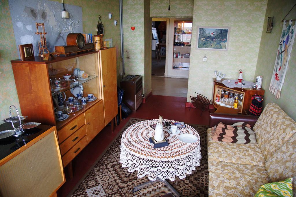 Ddr museum thale wohnzimmer 60er 70er jahre for Wohnzimmer 60er 70er