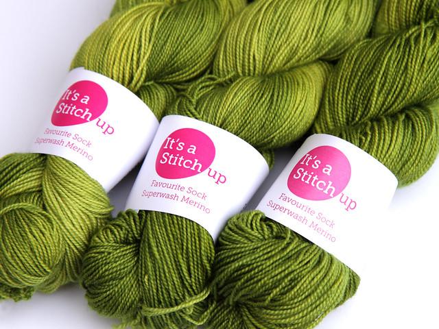 Favourite Sock – hand-dyed superwash merino 4 ply yarn 'Ectoplasm'
