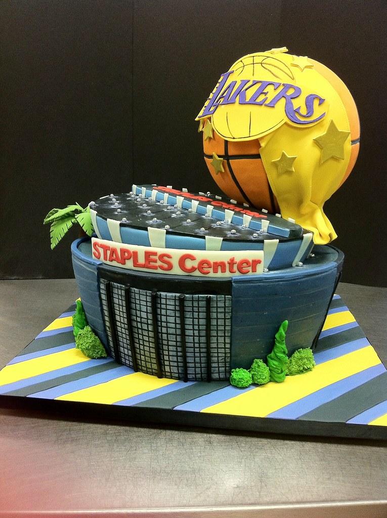 Staples Center cake | ...