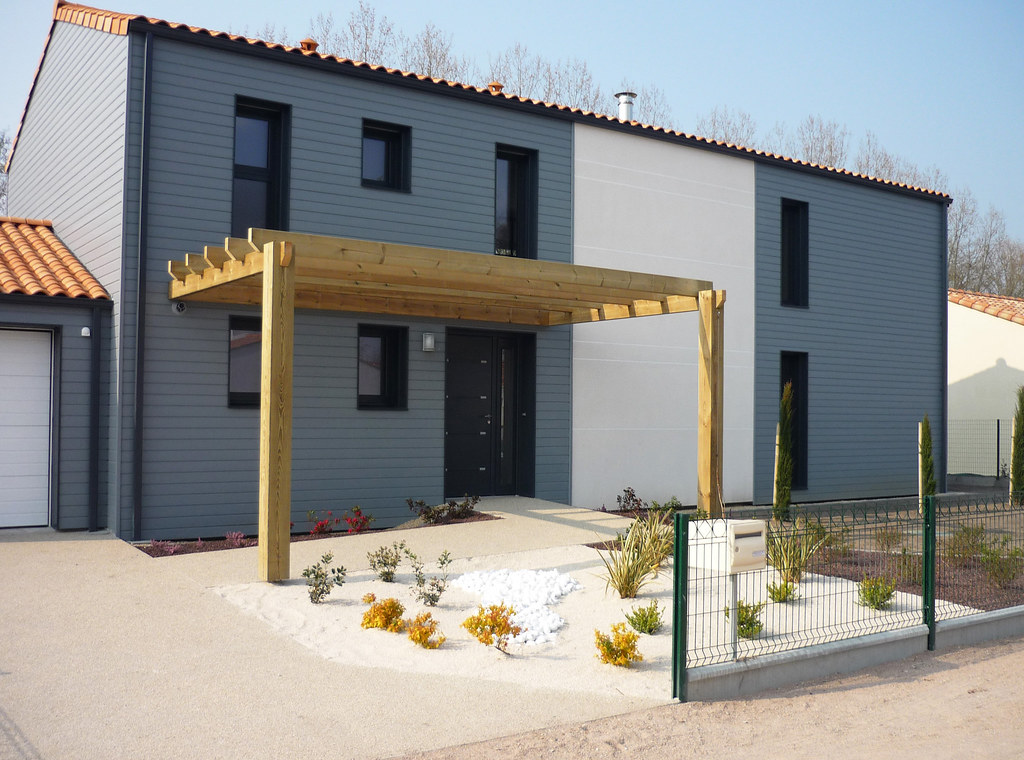 Maison Avec Alcôve : Maison traditionnelle en bois avec pergola maisons de ve