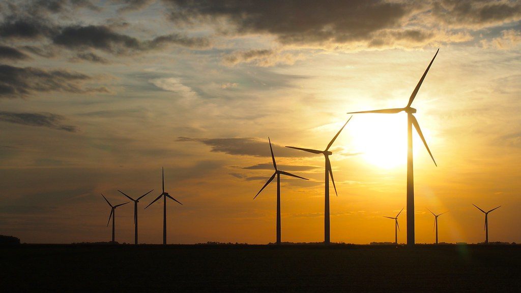 Wind Turbines In Iowa At Dusk Samir Luther Flickr