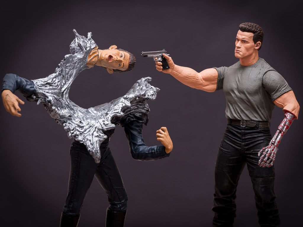 t 800 vs t 1000 neca vs mcfarlane 7 guven gul flickr. Black Bedroom Furniture Sets. Home Design Ideas