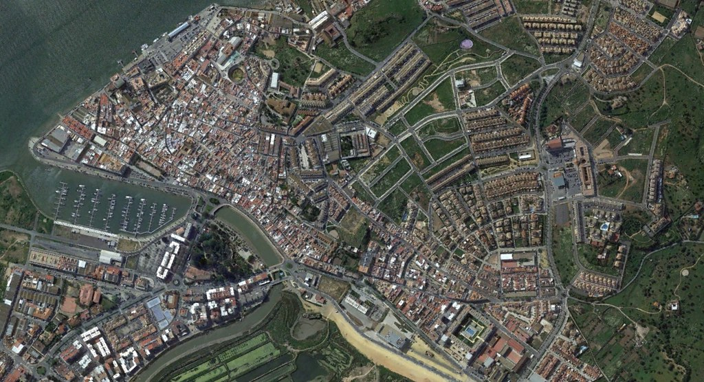 ayamonte, huelva, carlos cania, después, urbanismo, planeamiento, urbano, desastre, urbanístico, construcción, rotondas, carretera