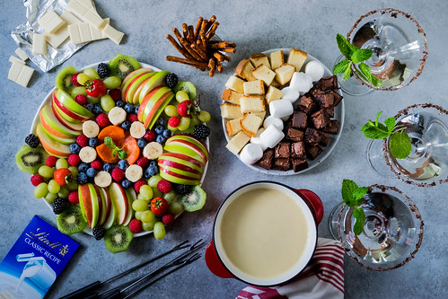 fondue parties are the best parties