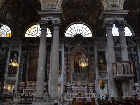 Basilica Santa Maria delle Vigne 2