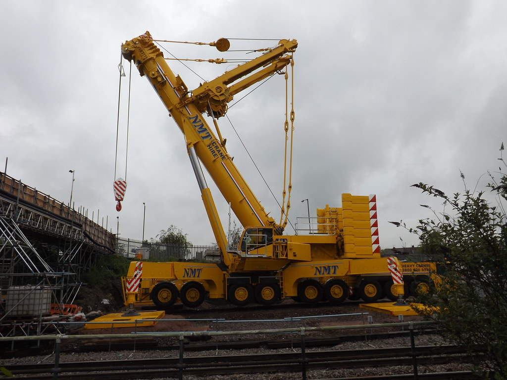 Mobile Crane Terminology : Nmt terex demag ac north street walsall