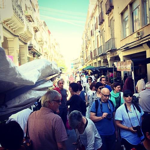 Instagramers descobrint el mercat setmanal de #Vilafranca #7InstameetPenedès #Penedesfera #firesdemaig