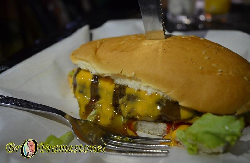 Oblong - A&J Burger Grill, Sungai Buloh