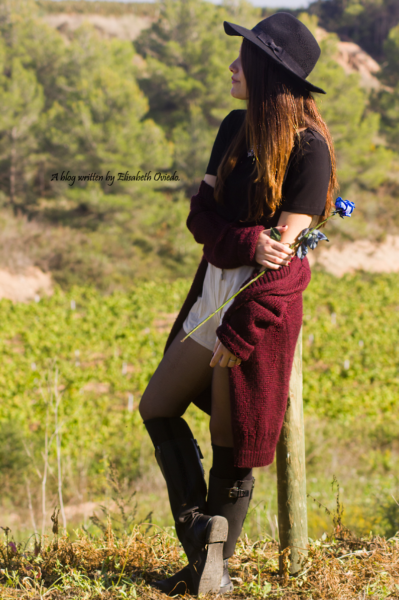 cardigan burgundy sombrero negro HEELSANDROSES look lady viñedos cata Mango Inditex (3)