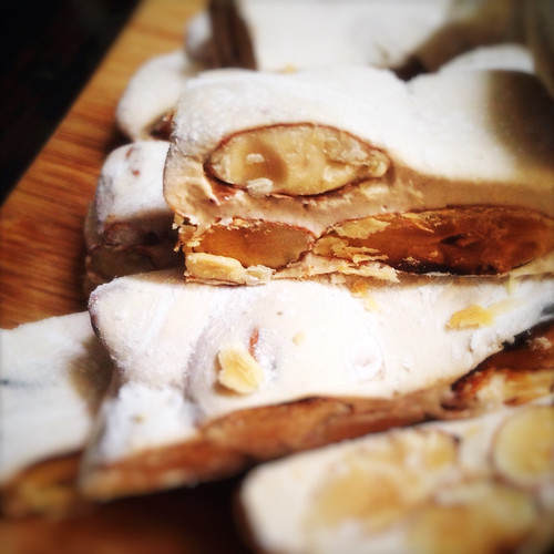 Almond, Nougat, Candy, soft, torrone, recipe, holiday, christmas, treat, 杏仁, 牛軋糖