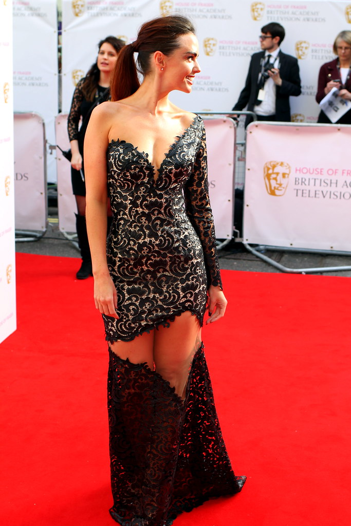 BAFTA Red Carpet 2015 (27)