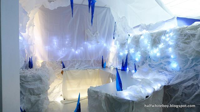 halfwhiteboy halloween decor - norway 14