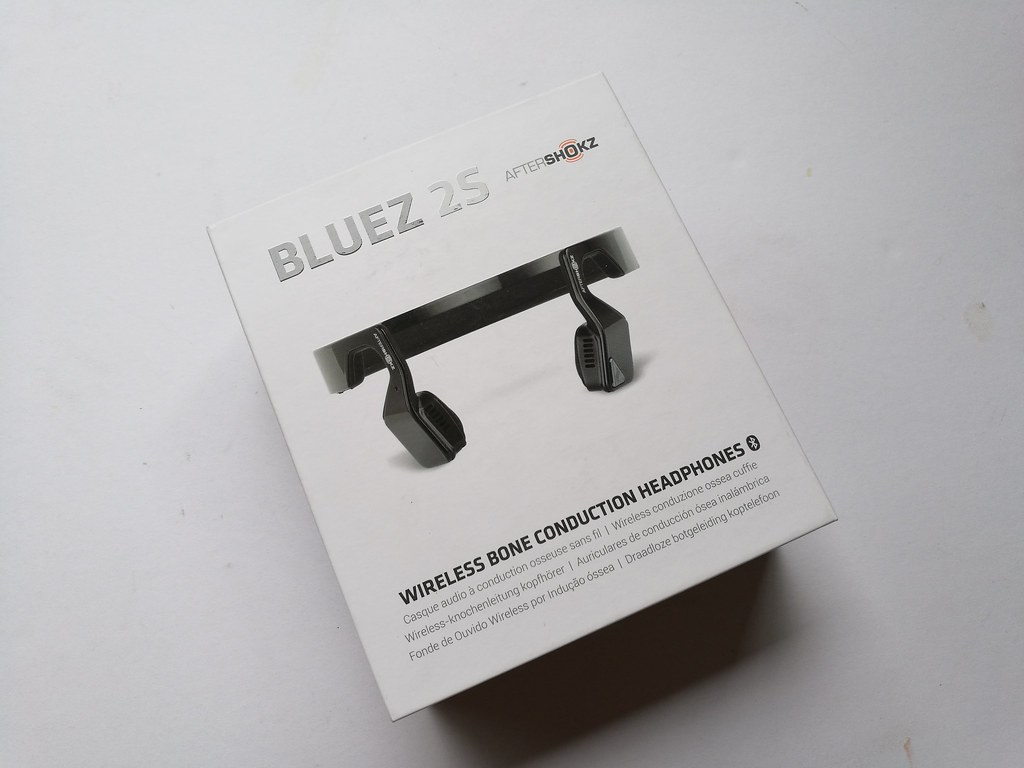 wireless-bone-earphones