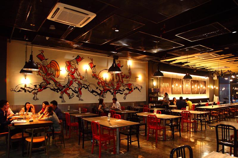 Enorme Italian Restaurant Pj Centrestage Section 13