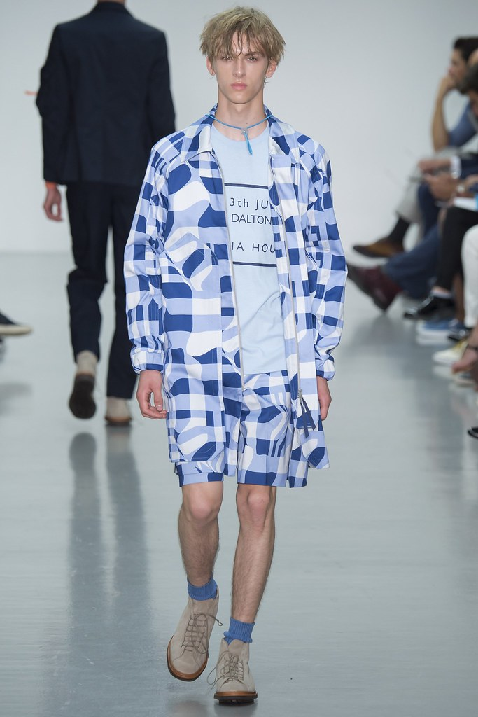 SS16 London Lou Dalton024_Dominik Sadoch(VOGUE)