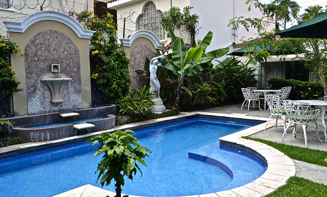 pool area - Hotel San Carlos, Guatemala City