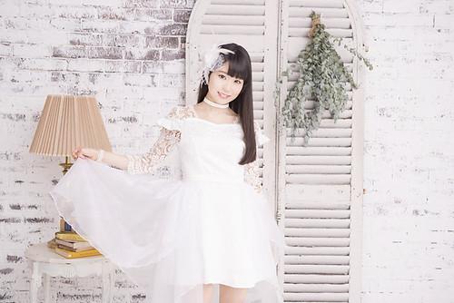 161118 - 恭喜聲優「東山奈央」將於2017/2/1正式出道歌手、單曲《Chain the world》公開試聽!