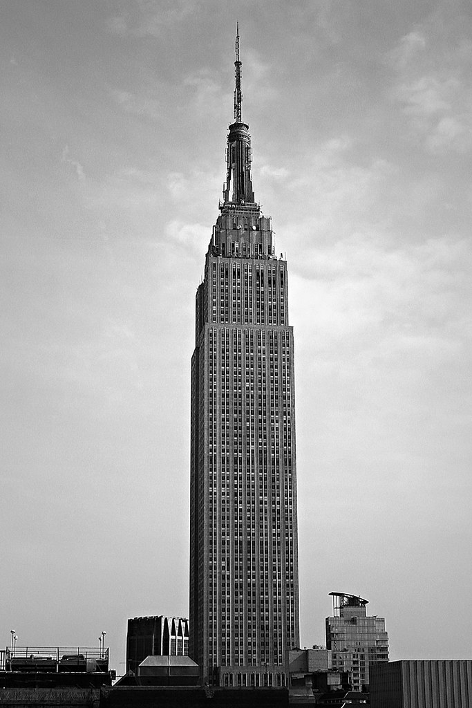 Empire state building seen from inside an office - Are there offices in the empire state building ...