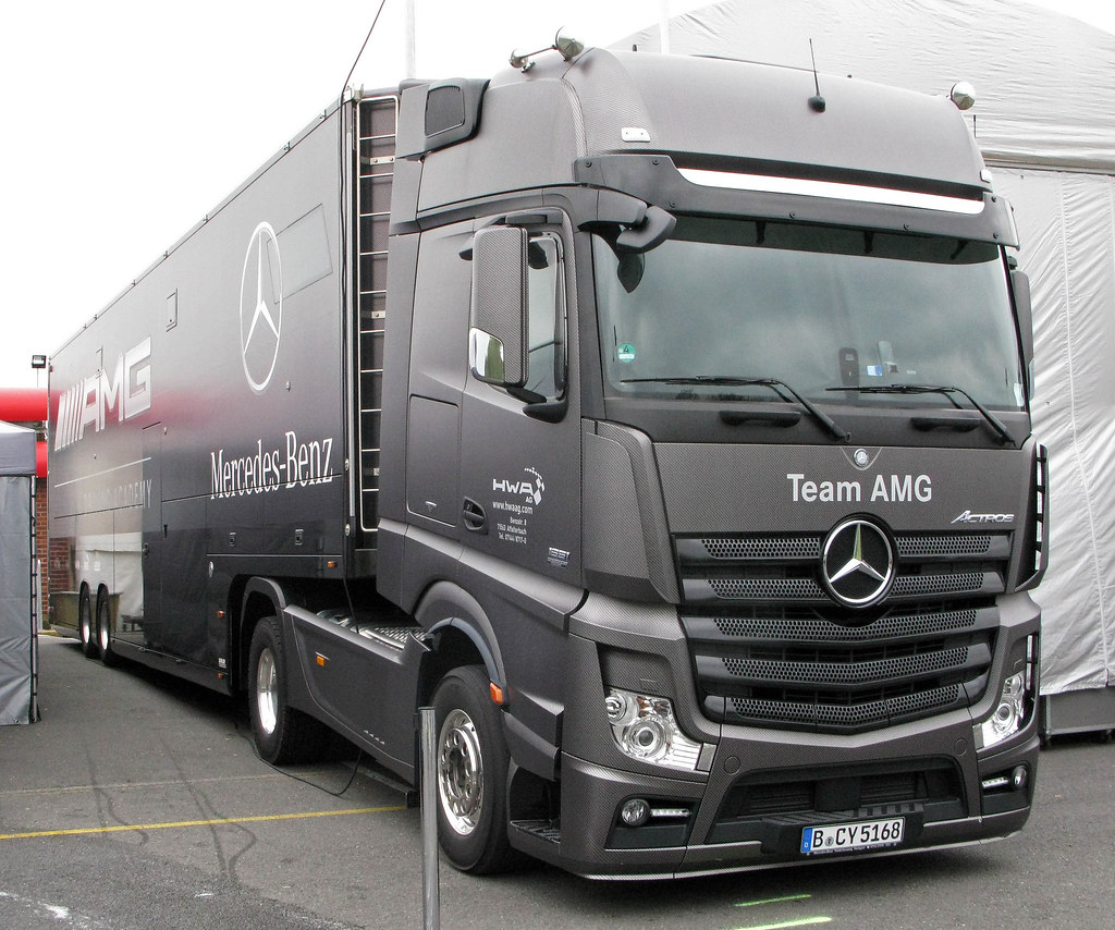Mercedes Actros New Look B Cy5168 That Carbonfibre Wrap