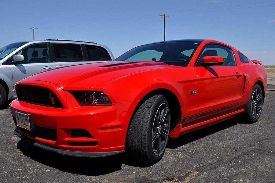 Adrian 2013 Gt Cs Ford Mustang 5 0 Agressive Look And