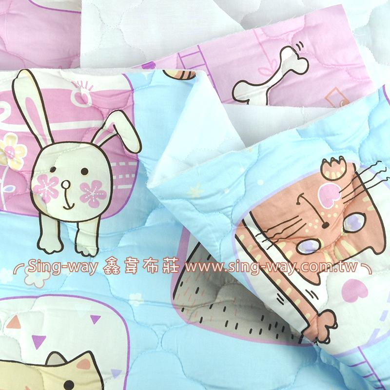 【限宅配】卡通動物方塊 淘氣寵物 貓 狗 精梳棉鋪棉床品床單布料 B990077