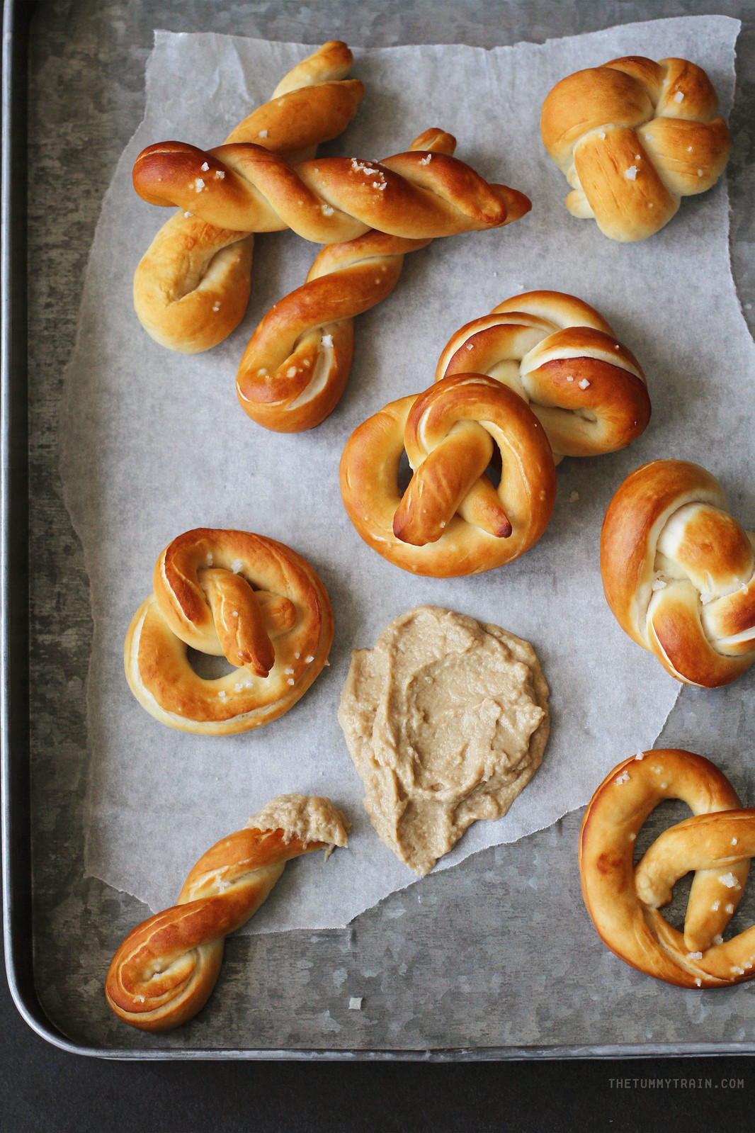 30673784141 651d4c5e2b h - Pretzels with Mustard Dip attempted out of curiosity + a tutorial on how to shape pretzels