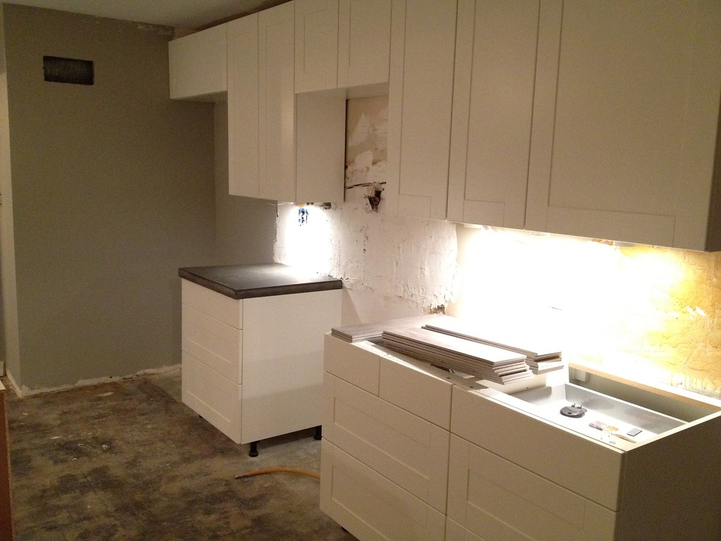 Kitchen Countertop Tile Trim