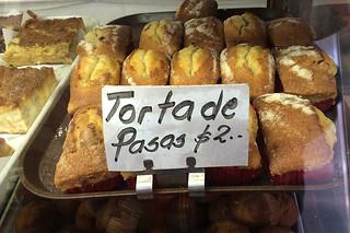 Pan Lido - Breads Torta de Pasas