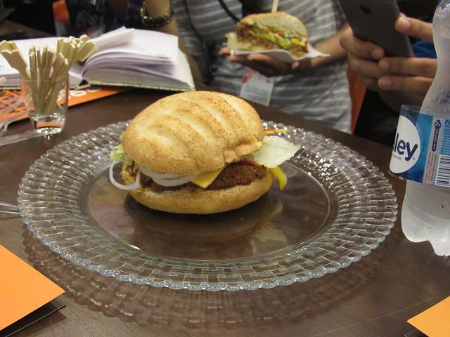 7-Dunkin-Donuts-Phoenix-Mall-Chennai-Brute-Burger-r