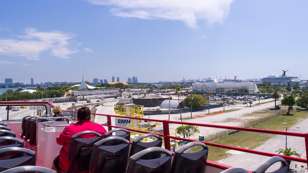 Tour Miami Bus